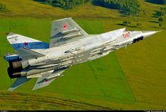 "Mikoyan-Gurevich ""MiG-31BM"" (""Foxhound-B"") , b/n""08""red RF-90894. '2015."