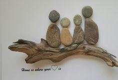 *Home is  .... * Bild aus Kieselsteinen  von TAMIKRA auf DaWanda.com