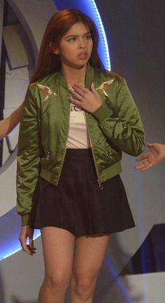 Ynnam Maine Mendoza Outfit, Alden Richards, Film Festival, Attraction, Idol, Bomber Jacket, Ootd, Actresses, Pretty