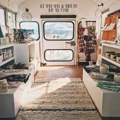 Some of my trays are heading off to Ale Katz Boutique in a few weeks to this amazing mobile boutique that's in a bus! I cannot … - New Deko Sites Boutique Interior, Camper Interior, A Boutique, Boutique Ideas, Boutique Mobiles, Caravan Shop, Mobile Fashion Truck, School Bus House, School Bus Camper