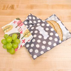 DIY Adorable Sandwich Bags: Cut down on waste and DIY reusable bags that are so easy to make and look adorable holding your sandwich.