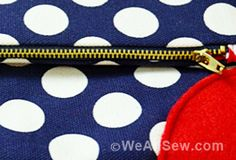 polka dot fold-over clutch by Mimi G for WeAllSew - free pattern tutorial