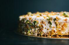 #orangepistachio #orange #pistachio #cake #orangecurd #pistachiopraline Pistachio Cake, Lasagna, Sushi, Sweets, Orange, Ethnic Recipes, Food, Lasagne, Good Stocking Stuffers