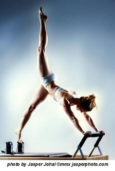 I love Pilates! What a beautiful picture and body!