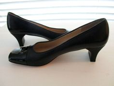 "Womens Salvatore Ferragamo Black Leather Patent Cap 2"" Dress Heels Shoes 8 AA #SalvatoreFerragamo #PumpsClassics #SpecialOccasion"