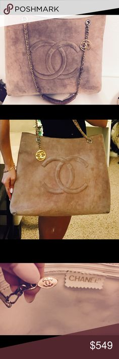 Chanel Light Pink Suede Tote! It is taking so much out of me to list this! But I simply no longer have use for it and it is only being showcase. Deserves a new home - I love it so much! Perfect for traveling or anything you like 💕💕 Beautiful Suede exterior CHANEL Bags Totes