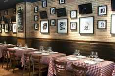"Italian Restaurant  ""brucculinno"""