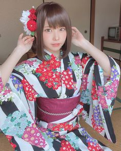 Oriental, Anime Best Friends, Japanese Outfits, Latest Images, Yukata, Cosplay Girls, Japanese Girl, Beyonce, Pretty Girls