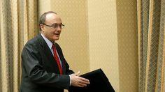 El Banco de España pide otra reforma laboral mientras su gobernador se sube el sueldo un 5,8%
