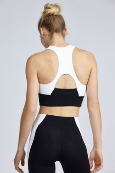 Tash Bra by Bandier Cute Workout Outfits, Womens Workout Outfits, Gym Shorts Womens, Athleisure Fashion, Ootd Fashion, Sport Fashion, Classy Outfits, Cute Outfits, Pilates