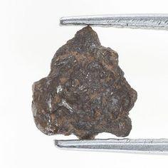 Antique 1.00  TCW  Natural Reddish Color Rough Diamond for Jewel
