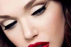 Como Fazer Maquiagem Olho Gatinho