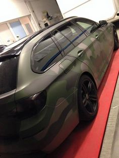 Audi Wagon, Wagon Cars, Car Painting, Bicycle Painting, E60 Bmw, How To Paint Camo, Passat B7, Bmw Touring, Vinyl For Cars