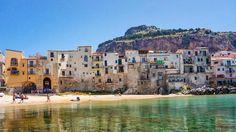 Cosa Nostra, la mafia sicilienne, a annoncé son intention de déclarer la guerre aux migrants après que le maire de Palerme a souligné qu'à cause de la crise migratoire, la ville ressemble plus à Istanbul ou à Beyrouth qu'à une ville européenne.