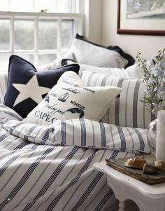 This bedding would look great in a seaside holiday house. Looks fresh, elegants and very New England Style. Nautical Bedroom, Nautical Home, Bedroom Decor, Nautical Prints, Nautical Stripes, Nautical Design, Nautical Style, Nautical Pillows, Blue Stripes