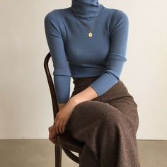 fall outfits 2019 trends Burgundy Ribbed Turtleneck Sweater With Flute/Bell Sleeve Mode Outfits, Retro Outfits, Fall Outfits, Vintage Outfits, Casual Outfits, Fashion Outfits, Fashion Ideas, Fasion, Fashion Clothes