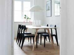 Stuhl Schulz, Tisch Meyer - OBJEKTE UNSERER TAGE - Interior Design aus Berlin by Design Bestseller