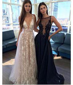 Um de cada por favor!  . . . . . . #fashion #vestido #party #partydress #linda #bride #longdress #fashiondress #vestidodefesta #divo #vestidolindo #comfy #vestidosdeluxo #amazing #vestidolongo #vestidosereia #vestidodivo #exclusividade #vestidosexclusivos #vestidaparamatar #montesclaros #belohorizonte