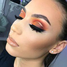 Orange Sunset Look Gold Liner Black Liner Nude Lipstick Pin: @amerishabeauty