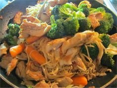 Asian Chicken and Broccoli stir fry recipe uses Ramen noodles. Wine Recipes, Asian Recipes, Cooking Recipes, Healthy Recipes, Ethnic Recipes, Cooking Time, Chicken Broccoli Stir Fry, Asian Chicken, Food For Thought