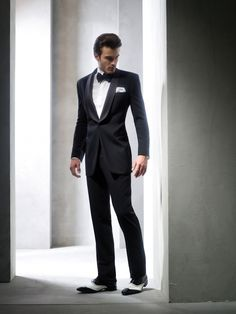 Perfect for the classic groom! Archetipo's Classic Tuxedo
