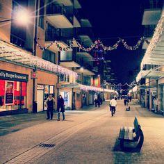 Rue Charlemagne, Louvain-la-Neuve, #OLLN, #night, #streetphotography, #lights, #instadaily, #instapic, #picoftheday, #photooftheday, #instabest