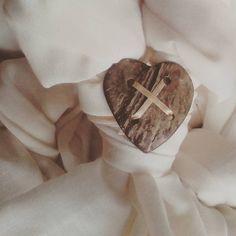 Shabby dream little preview :). #shabbychic #heart #coconut #scarf #infinityscarf #new #shabby #shabbydream #handmade #handmadewithlove #craft #upcycling #upcycle #upcycledfabrics #loading #comingsoon #etsy #etsyshopping #amazonhandmade #etsygifts #followme