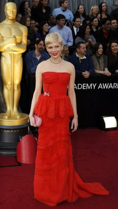 Michelle Williams in Louis Vuitton. The SOL Girls thought Michelle Williams was head-to-toe perfection on Oscar night. This feminine, flowing gown can be paired with any of SOL's strapless bras.