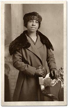 Photographie : Ella Mae Adams, [entre 1900 et 1920]