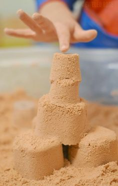 Make your own kinetic sand- only 2 ingredients!  Seriously??  I can't wait to try this!