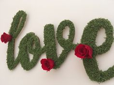 This Love wall sign is made with natural elements such as green reindeer moss and preserved red roses 🌹 This one is ready to go! Link in bio 🌿 Preserved Roses, Love Wall, How To Preserve Flowers, All You Need Is Love, Wooden Walls, Wall Signs, Laser Cutting, Preserves, Red Roses