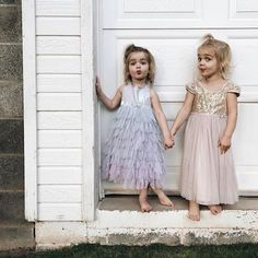 Fashion Clothes For Toddlers Girl Cute Twins, Cute Babies, 90s Fashion, Womens Fashion, Fashion Clothes, Fashion Tips, Cute Little Baby, Ballet, Cute Outfits For Kids