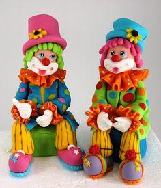Pair of Clowns Party Cakes Fondant Figures, Fondant Cake Toppers, Cupcake Cakes, Cupcakes, Clown Cake, Fondant People, Circus Cakes, Clown Party, Sugar Art