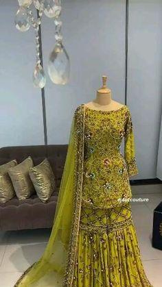 Pakistani Party Wear Dresses, Desi Wedding Dresses, Beautiful Pakistani Dresses, Pakistani Wedding Outfits, Designer Party Wear Dresses, Pakistani Dress Design, Bridal Outfits, Fancy Dress Design, Stylish Dress Designs