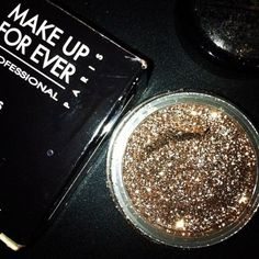 Make Up Forever ♥ great eye shadow for a night out
