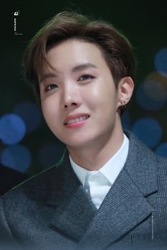 Jung Hoseok ☆ Awards ☆ BTS at 191130 Melon Music Awards ☆ Credits by J Hope Smile, J Hope Gif, Bts J Hope, Lovely Smile, Jung Hoseok, Gwangju, Seungri, Mixtape, K Pop