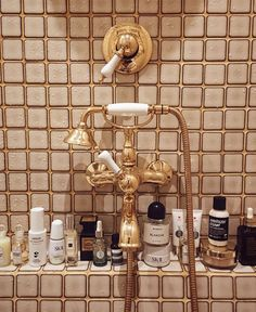 Home Accents bathroom Bathroom Inspo, Bathroom Inspiration, Interior Inspiration, Gold Bathroom, Bathroom Accents, Bathroom Hardware, Bathroom Ideas, Sweet Home, Home And Deco