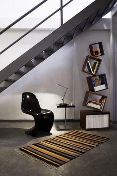 Vitra Panton krēsls dabiski iekļaujas jebkurā interjerā.