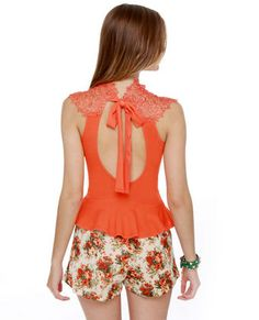 lace top and flower shorts
