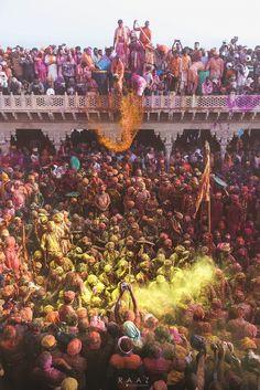 Festival of Love. Holi Festival Of Colours, Holi Colors, Festivals Of India, Indian Festivals, Holi Pictures, Kali Mata, Holi Celebration, Festival Photography, Indian Colours