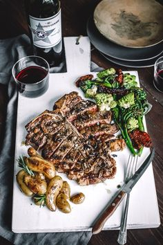 Reverse Sear Porterhouse Steak with Herb Roasted Potatoes, Broccolini ...
