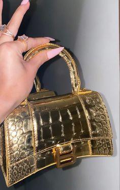 Pinterest @sarstephenn Glam Nails, Body Bag, Bags, Handbags, Bag, Totes, Hand Bags