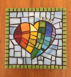 Paper Mosaic, Mosaic Tile Art, Mosaic Pots, Mosaic Artwork, Mosaic Diy, Mosaic Garden, Mosaic Crafts, Mosaic Projects, Mosaic Glass