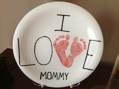"""I Love Mommy"" Footprints Plate"