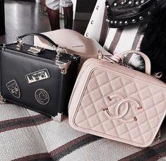 5451776e6ab5 Louis Vuitton Handbags, Chanel Handbags, Purses And Handbags, Ysl Bag,  Clutch Bag