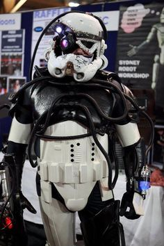 borg trooper (Confused? Me too. Do I put this in my Star Trek or my Star Wars board? Both I guess!)