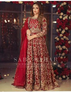 Pakistani Bridal Lehenga, Pakistani Party Wear Dresses, Beautiful Pakistani Dresses, Shadi Dresses, Pakistani Wedding Outfits, Pakistani Dress Design, Bridal Dupatta, Beautiful Dresses, Wedding Lehenga Designs