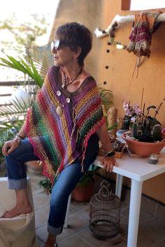 T-shirt Au Crochet, Crochet Shirt, Crochet Poncho, Crochet Vests, Crochet Edgings, Jumpers For Women, Sweaters For Women, Handgestrickte Pullover, Knit Stockings