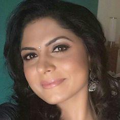 Hot Milf Asha Sharath Asha Sarath, Auntie, Girl Face, Desi, Mom, Makeup, Beautiful, Make Up, Beauty Makeup