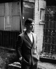 Can't get enough of Cillian's new photoshoot for So it Goes magazine. Here's one more sneak peek. He's decked out head-to-toe in Casely-Hayford apparel. Coincidentally, or not, in an article in The Telegraph last fall the company's chief designer wrote about the huge impact that Peaky Blinders is having on men's fashion..  The magazine is out the last week of April. Meanwhile, if you missed any of the other brilliant behind the scenes photos, check tagged/...